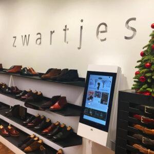 Schoenenwinkel Zwartjes, diz2422P