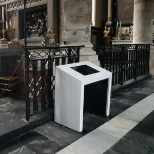 Information kiosk, Ghent church