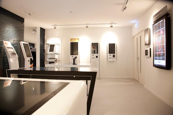 showroom diz, Platinastraat 42 Zoetermeer